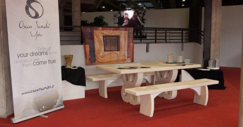 Tavolo in marmo per arredo esterno
